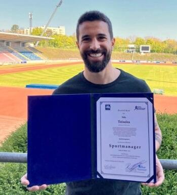 Nils Teixeira ist nun zertifizierter Sportmanager
