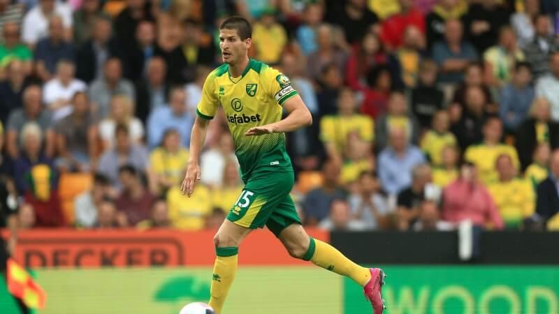 Der Premier League Spieler Timm Klose ist auf dem Weg zum Sportmanager